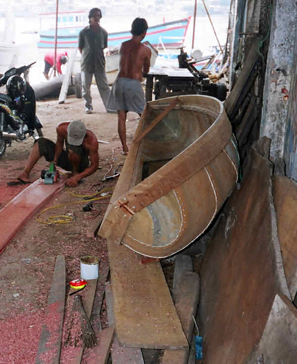 Nha Trang Small Composite Boat Being Built